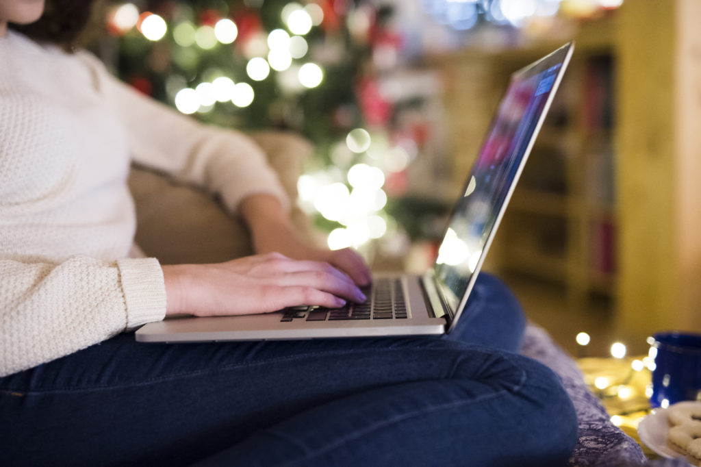 How to Avoid Falling Victim to Online Christmas Scams