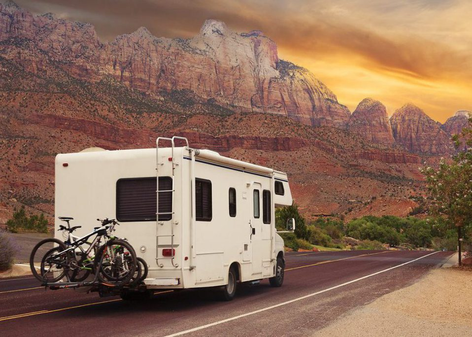 The Pros and Cons of RV Travel