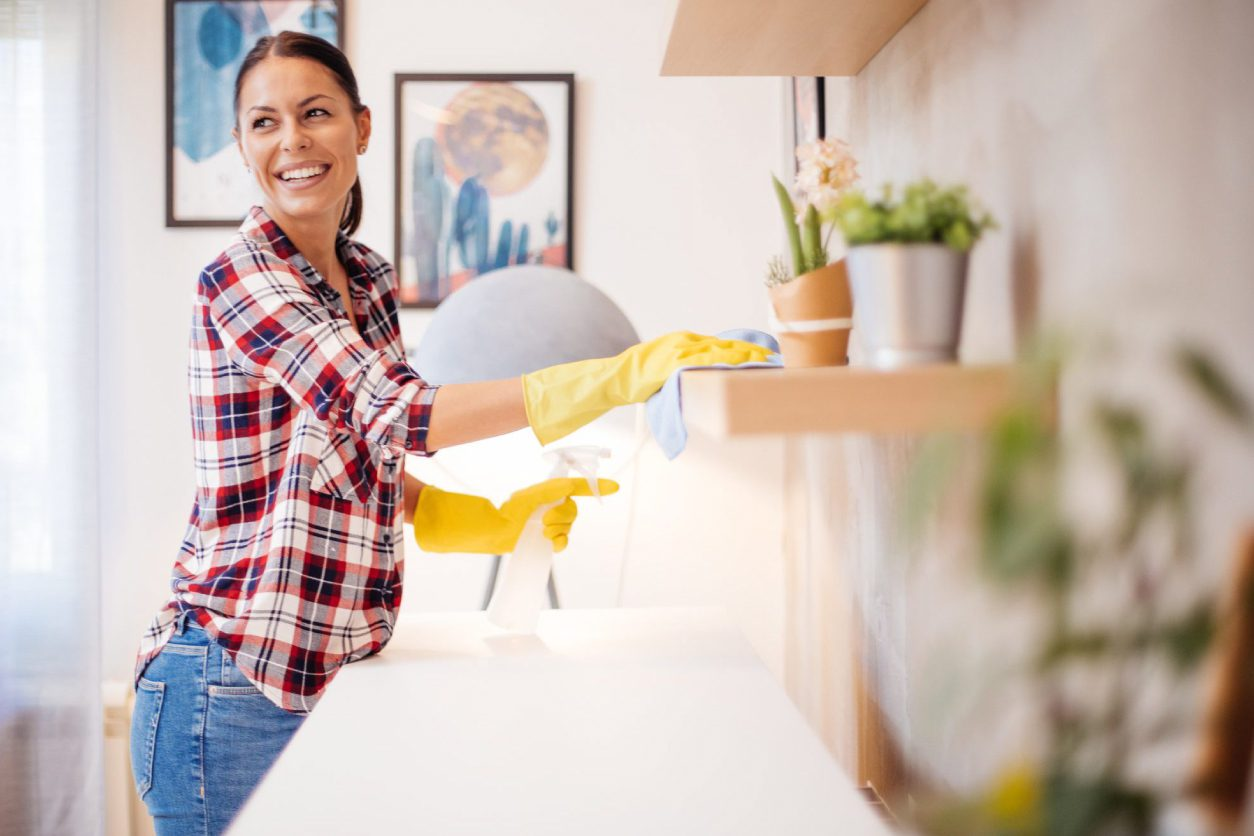 Deep Cleaning Vs. Spring Cleaning Costs